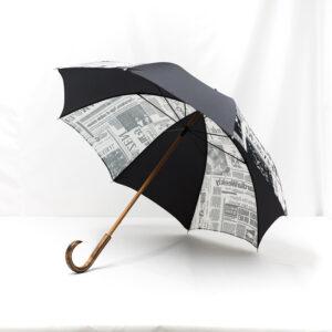 Parapluie imprimé journal gris